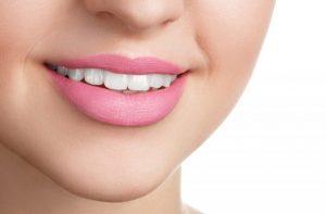Zadbaj o swój uśmiech! Moje sposoby na spierzchnięte usta