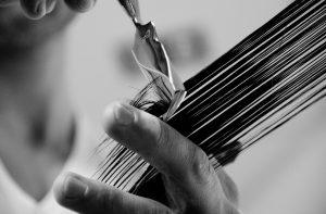 Kaligraficzne cięcie – idealna fryzura dla cienkich włosów (moich włosów)