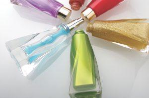 Opakowania kosmetyków. Czy wiesz, w czym trzymasz krem i podkład?